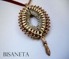 Bisaneta's Super Diamond Pendant - pattern http://ellad2.com/webshop/beading-patterns/tutorial-super-diamond-pendant/