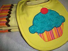 Cupcake Baby Girl  Bib and Burp cloths   3 piece by PeaPodLilFrogs, $25.00