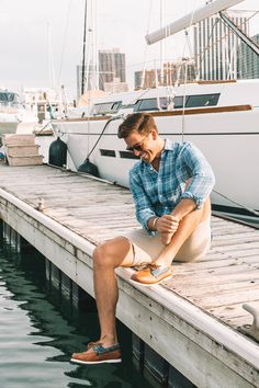 GQ insider John Philp Thompson wears the Gold Cup Chevre Boat Shoe for a day on the water. Paired with khaki shorts and a blue plaid button-up. Boat Fashion, Mens Fashion, Boat Shoes Outfit, Frat Style, Boys Round Here, Teen Boy Haircuts, Undercut Men, American Crew, Gold Cup