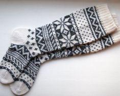 Back to school Scandinavian pattern rustic autumn fall winter knit knee-high grey white wool socks CUSTOM MADE Wool Socks, Knitting Socks, Hand Knitting, Socks Men, Long White Socks, Scandinavian Pattern, Holiday Socks, Winter Socks, Slipper Socks