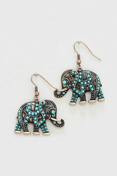 Turquoise Dotted Elephant Earrings (love these I collect elephants my dad did too) I have elephant jewelry but love love love these :) Fashion Jewelry Necklaces, Cute Jewelry, Jewelry Accessories, Fashion Accessories, Jewlery, Fashion Bags, Jewelry Rings, Jewelry Design, Elephant Jewelry