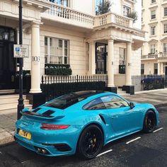 Dieses und weitere Luxusprodukte finden Sie auf der Webseite von Lusea.de Porsche 911 Turbo S