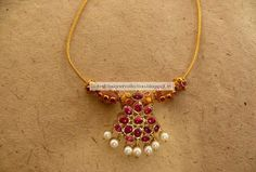 Traditional Gold Necklace With Rubys ~ Latest Indian Clothing And Jewellery Designs Gold Jewelry For Sale, Gold Wedding Jewelry, Gold Jewellery, Jewellery Designs, Tika Jewelry, Quartz Jewelry, Gold Necklace Simple, Gold Jewelry Simple, Necklace Set