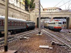 Ho Scale Train Layout, Ho Scale Trains, Model Train Layouts, Train Miniature, Model Railway Track Plans, Rail Europe, N Scale, Model Trains, Scale Models