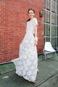 #Beautiful maxi-dress  Maxi Dresses #2dayslook #MaxiDresses #sunayildirim  www.2dayslook.com