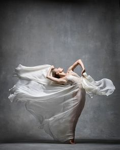 Charlotte Landreau (Martha Graham Dance Company) photographed by NYC Dance Project