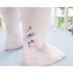 : Little prince   .  .  #tattooistbanul #tattoo #tattooing  #flowertattoo #planettattoo #colortattoo #smalltattoo   #타투이스트바늘 #타투 #꽃타투 #꽃 #컬러타투 #어린왕자타투