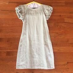 Gray linen dress Gray linen dress with dramatic top & sleeves& zipper on side. Sisley Dresses Midi