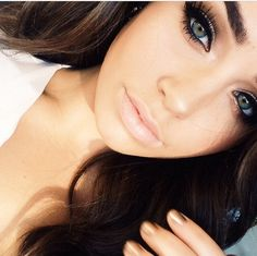 you guys should watch cartia mallan on youtube!!! her vlogs are so amazing xx and shes gorg <3