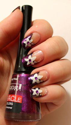 Goodly Nails: Valkoiset kukat