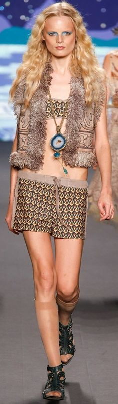 ANNA SUI Spring/Summer 2014 | The House of Beccaria#