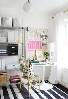 Ideas to design your home office for spring. #spring #office #interiors #design