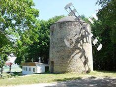 SR, Holíč – unikátní větrný mlýn ()