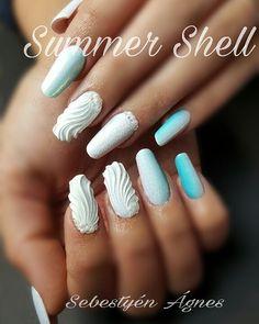 3D Mermaid Shell Nails | POPSUGAR Beauty UK