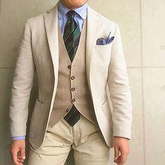 . 2017/04/27. . おはようございます✨. . 今日はこんな感じで. . . . Jacket #LBM1911 Gilet #TAGLIATORE Tie #Brillaperilgusto Shirts #barbanapoli Chief #FRANCOBASSI Pants #gtapantaloni * * * #mensstyle #mensfashion #menswear #mnswr #wiwt #fashionable #me #photooftheday #picoftheday #instagood #instastyle #instafashion #IGfashion #instacool #coordinate #dapper #ootd #outfit #outfitpost #fashiongram #gentleman #fashionista #dandy #jacket
