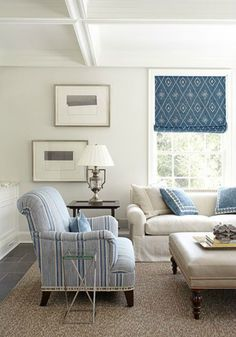 Cottage Living Room by James Michael Howard. I like the casual material on chair-reminds me of a man's cotton oxford. Cottage Living Rooms, Coastal Living Rooms, My Living Room, Home And Living, Living Spaces, Style At Home, Les Hamptons, Salons Cosy, White Decor