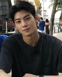Dont Fall In Love, Falling In Love With Him, Korean Celebrities, Korean Actors, Korean Men Hairstyle, Cha Eunwoo Astro, Kdrama Actors, Cute Couple Pictures, Cha Eun Woo