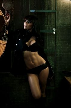 nicole scherzinger... My obsession with ur body is probably a bit unhealthy.