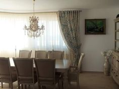 Lucrare realizată de Alessia Line - atelier de design interior #designinterior #diningroom Design Interior, Dining Room Design, Curtains, Home Decor, Atelier, Blinds, Decoration Home, Room Decor, Draping