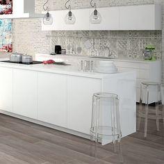 Hos stonefactory.se hittar du ett stort utbud av väggtegel, kakel och klinker till ett billigt pris och givetvis fraktfritt!