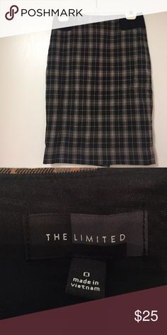 Plaid Pencil Skirt - perfect for fall! Perfect for fall/winter! Barely worn pencil skirt The Limited Skirts