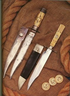 Bowie Knives - Antiques & Collectibles -