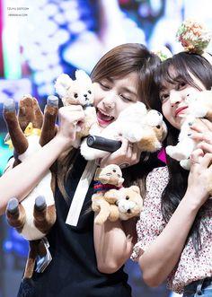 Tzuyu and Jihyo The Band, Extended Play, South Korean Girls, Korean Girl Groups, Twice Group, Twice Korean, Jihyo Twice, Chaeyoung Twice, Tzuyu Twice