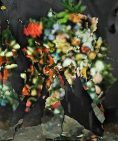 ori gersht // exploding mirrors – Petites Mélodies