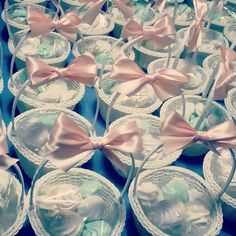 #weddingfavours #meringhe #sweetbasket #whitearrangement #weddingdesign #weddingplanning www.gennymonaco.it