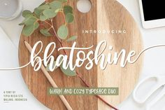 Bhatoshine Script Font --- Bhatoshine Fancy Font Duo is hand brushed, fun, warm, and cozy typeface duo with extras. These 2 hand brushed fonts are perfectly combine with one another. Brush Font, Brush Lettering, Script Fonts, New Fonts, Stationery Design, Invitation Design, Invitations, Tattoos Faciles, Videos Kawaii