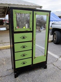 Painted Furniture Ideas, Petticoat Junktion oh man I would love a piece like this!!!