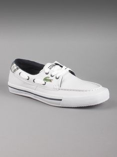 201d42ac488e Lacoste® Men s Sculler Low PLD SPM Leather Shoes in White. Easy to slip-