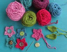 12 Crochet Flower Patterns