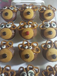 These were simple, used store bought eyes and a cherry chocolate cake