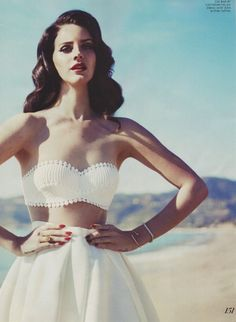 lana del ray in fashion magazine Lana Del Ray, Bel Air Lana Del Rey, Most Beautiful Women, Beautiful People, Beautiful Beautiful, Beautiful Clothes, Absolutely Stunning, Cover Shoot, Fashion Magazin