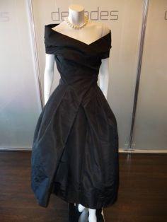 Christian Dior Haute Couture black silk grand evening dress