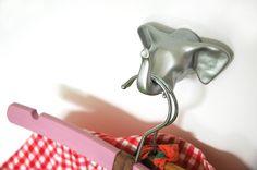 Elephant | wall hook | silver  #thezoo #zoo #capventure #dutchdesign #product #JorineOosterhoff #wallhook #Elephant