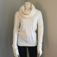 GAP Cream Cowl Neck Sweater In perfect, brand new condition, only worn once. Super soft and cozy! TTS medium, or a slightly longer and looser small. My mannequin is a size XS/S so it looks a bit looser on her. Price is $11 and firm because I am re-poshing a bundle (this and the matching green sweater) that I paid $22 for. GAP Sweaters Cowl & Turtlenecks