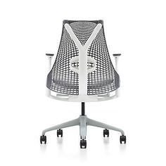 Sweet Herman Miller chair but way to expensive for my budget. Work Chair, Swivel Office Chair, Herman Miller, Sayl Chair, Art Deco, Executive Office Chairs, Modern Chairs, All Modern, Chair Design