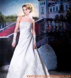 Collector 11418  Vestido de Novia  The Sposa Group