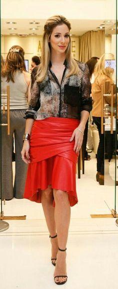 Lady Rood leather rokje   bloesje