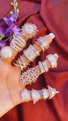 Diamond Earrings Indian, American Diamond Jewellery, Diamond Jewelry, Indian Jewelry Sets, Bridal Jewelry Sets, Bridal Rings, Unique Ring Designs, Gold Ring Designs, Jewelry Design Earrings
