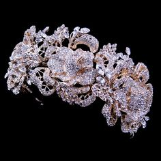 Stunning Sparkling rhinestone rose bridal tiara headpiece (gold or silver)