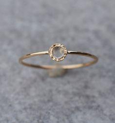 Vorsteckringe - Tiny Mondstein Ring in 14 Karat Gelbgold, Stapel - ein Designerstück von arpelc bei DaWanda