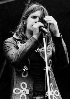 Ozzy Osbourne: Original lead singer for Black Sabbath. Birmingham, Heavy Metal, Hard Rock, Rock Bands, Metal Bands, Music Is Life, My Music, Rock N Roll, Ozzy Osbourne Black Sabbath