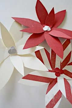 DIY Paper Poinsettias by Thrifty Decor Chick