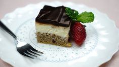 """This is """"Míša řezy"""" by Toprecepty on Vimeo, the home for high quality videos and the people who love them. Tiramisu, Cheesecake, Ethnic Recipes, Food, Cheesecakes, Essen, Meals, Tiramisu Cake, Yemek"""