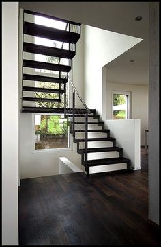 fabricant escalier deux quarts tournant en bretagne vannes rennes maison pinterest. Black Bedroom Furniture Sets. Home Design Ideas