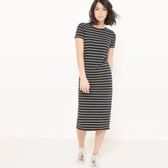 Fabric content: 95% cotton, 5% elastane       Sleeve length: short sleevesNeckline: round neckDress style: shift dressDesign: stripes        Dress length: knee length      Machine washable at 30°C      Care advice. Do not dry clean/do not bleach      Do not tumble dry      Iron at low temperature