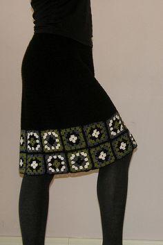 skirt-granny squares edging